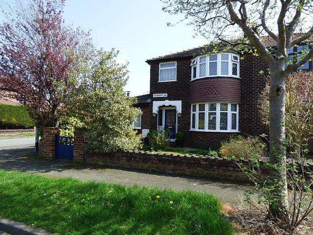 3 Bedrooms House for sale in Derwent Road, Warrington