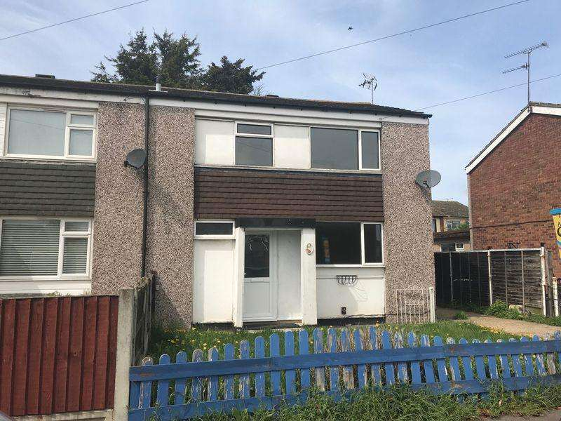 3 Bedrooms Semi Detached House for rent in First Avenue, Canvey Island