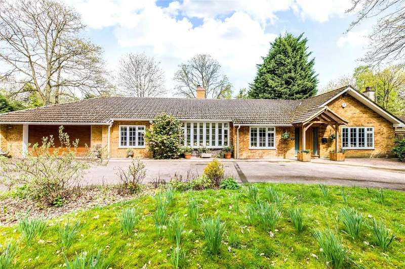 4 Bedrooms Detached Bungalow for sale in Oldhill Wood, Studham, Bedfordshire, LU6