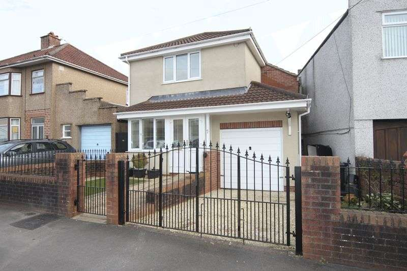 3 Bedrooms Property for sale in Monkton Road Hanham, Bristol