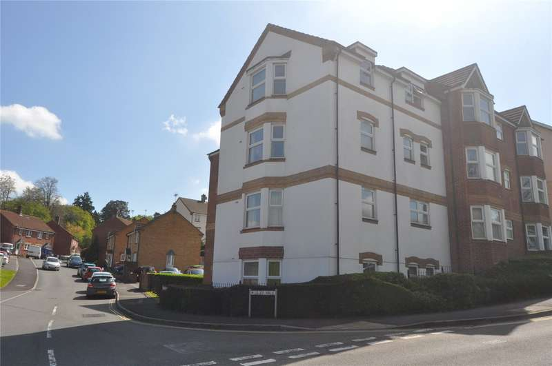 2 Bedrooms Apartment Flat for sale in Carrington Place, Lilley Walk, Honiton, Devon, EX14