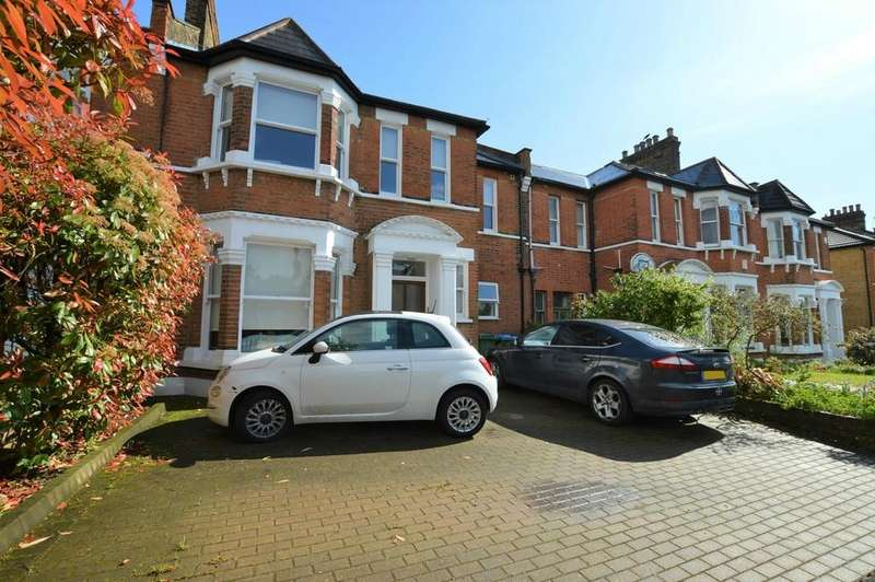 3 Bedrooms Ground Flat for sale in Gourock Road, Eltham SE9