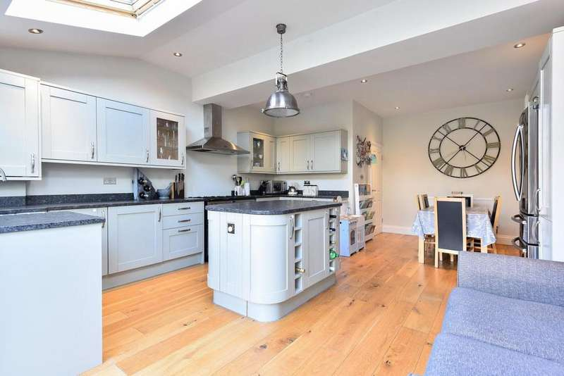 4 Bedrooms Terraced House for sale in Sandringham Avenue, Wimbledon