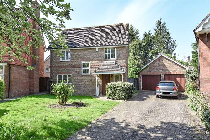 4 Bedrooms Detached House for sale in Crofton Grove, London, E4
