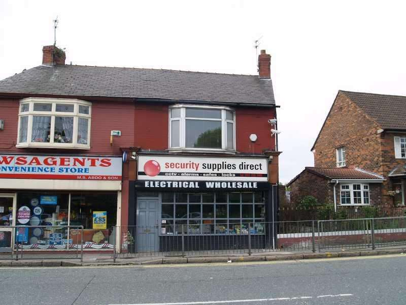 1 Bedroom House for sale in COMMERCIAL UNIT AND FIRST FLOOR FLAT, Queens Drive, West Derby, Liverpool
