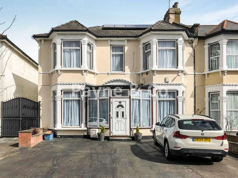 4 Bedrooms End Of Terrace House for sale in Selborne Road, ILFORD, IG1