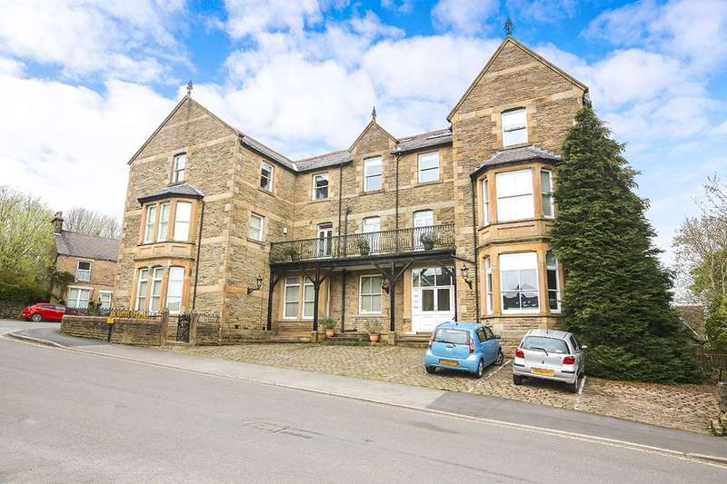 3 Bedrooms Flat for rent in Green Lane, Chinley, High Peak, SK23