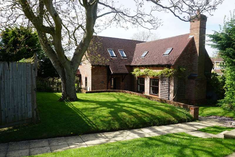 5 Bedrooms Detached House for sale in THE COPSE, TURVEY