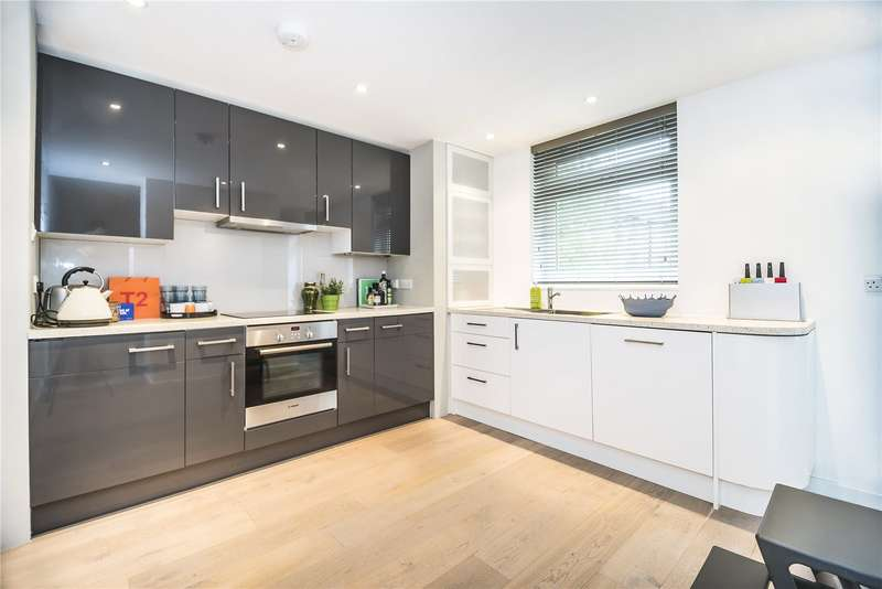 2 Bedrooms Flat for sale in Askill Drive, London, SW15