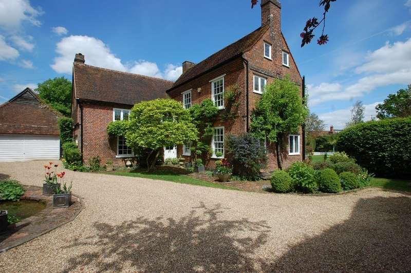 5 Bedrooms Detached House for sale in Burtons Lane, Chalfont St Giles, HP8
