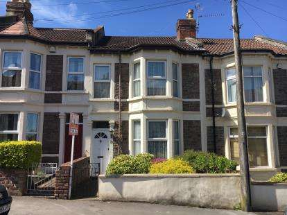3 Bedrooms Terraced House for sale in Churchill Road, Bristol, Somerset