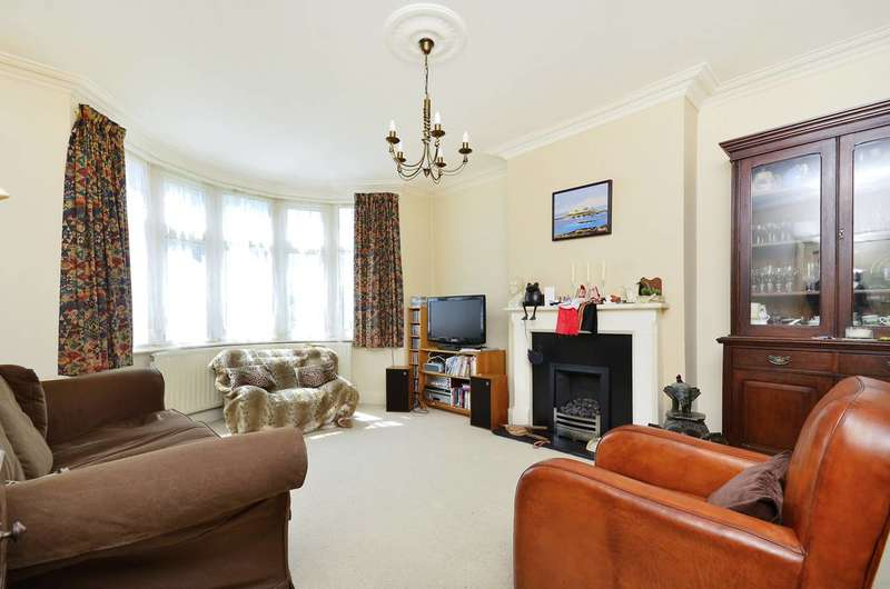 4 Bedrooms House for sale in Boston Manor Road, Boston Manor, TW8