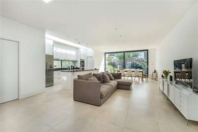 5 Bedrooms House for rent in Burlington Road, Chiswick, W4