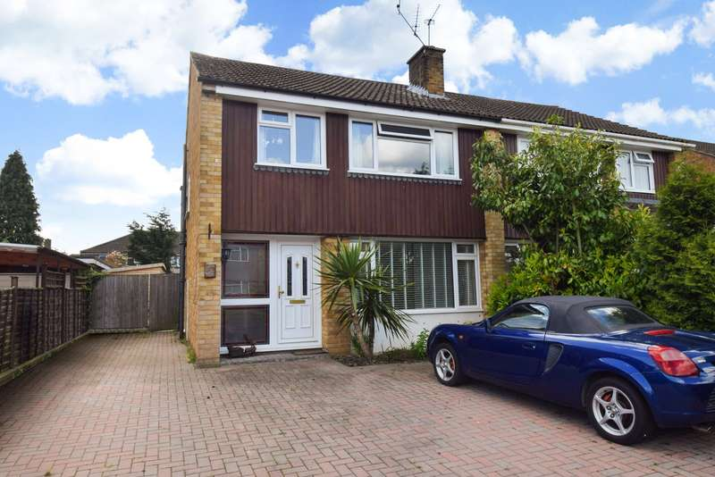 3 Bedrooms Semi Detached House for sale in Barrs Road, Taplow, SL6