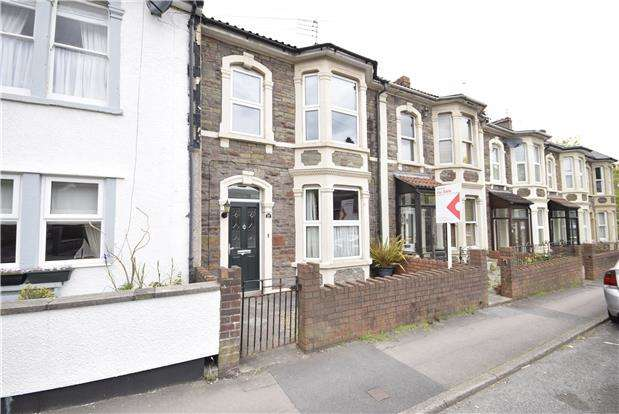 3 Bedrooms Terraced House for sale in Pendennis Road, Staple Hill, BRISTOL, BS16 5JH