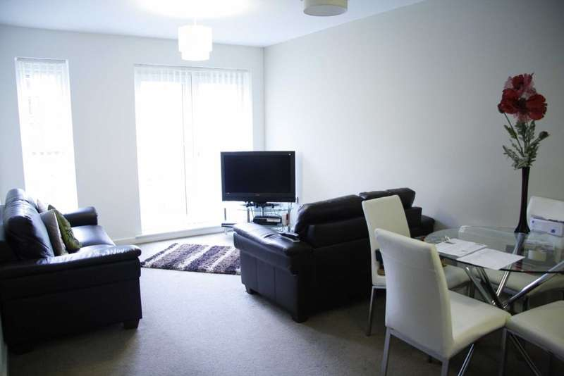3 Bedrooms Flat for rent in Delaney Building, Lowry Wharf, Derwent Street