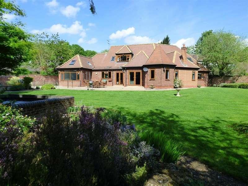 4 Bedrooms Detached Bungalow for sale in High Meadows, Kirk Ella