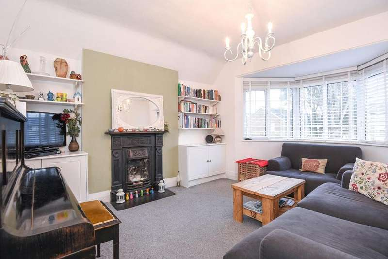 2 Bedrooms Flat for sale in Arundel Gardens, Winchmore Hill