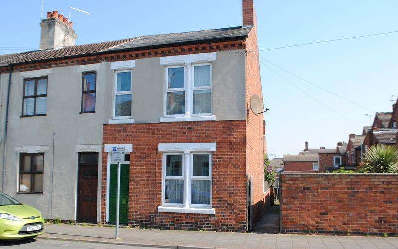 3 Bedrooms Terraced House for sale in Cartwright Street, Loughborough
