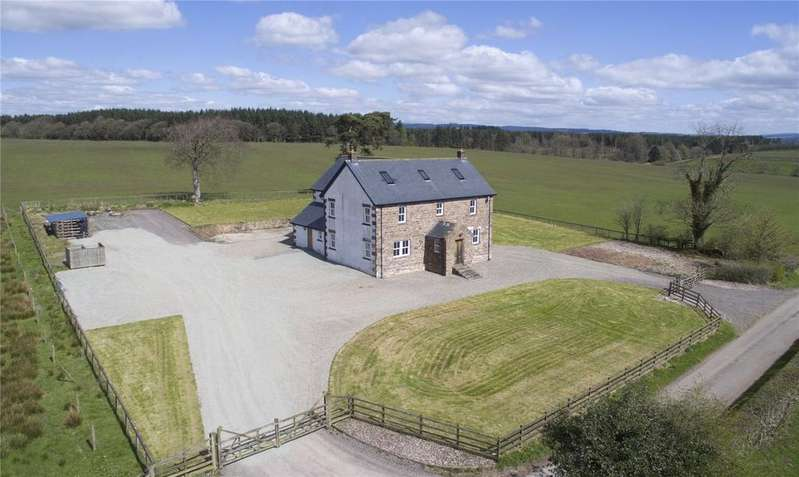 5 Bedrooms Detached House for sale in Almonside, Canonbie, Dumfriesshire