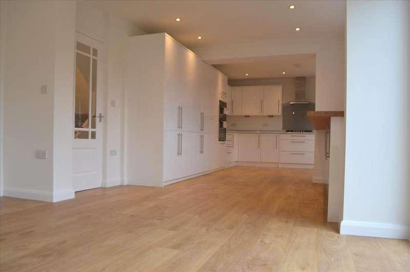 5 Bedrooms Detached House for sale in Wilsheres Road, Biggleswade, SG18