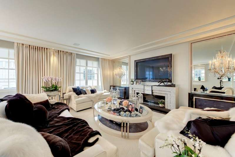 3 Bedrooms House for sale in Lyall Street, London. SW1X