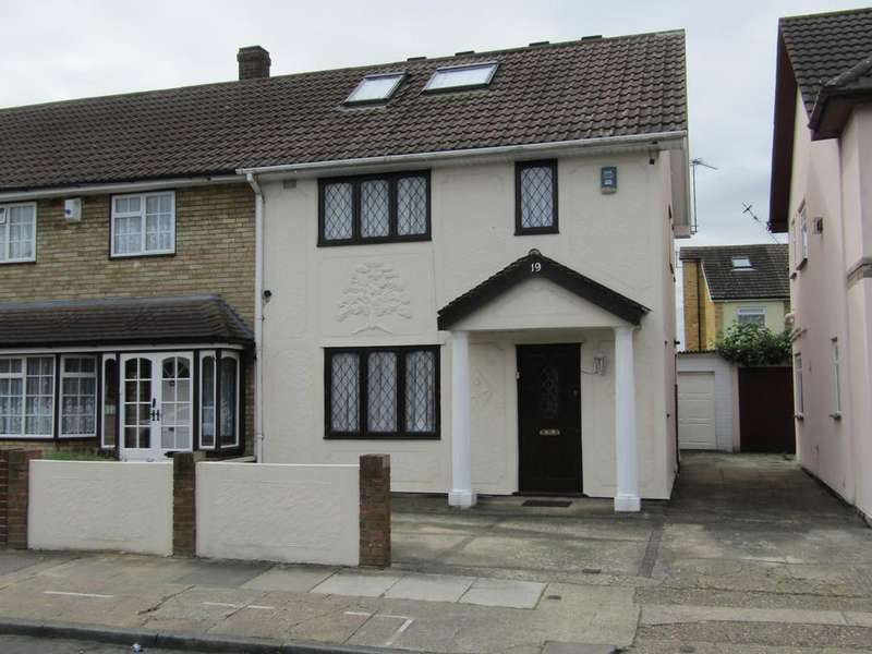 3 Bedrooms End Of Terrace House for sale in Kingaby Gardens