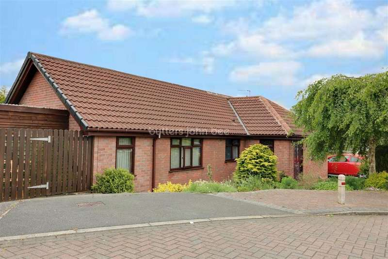 2 Bedrooms Bungalow for sale in Northwich