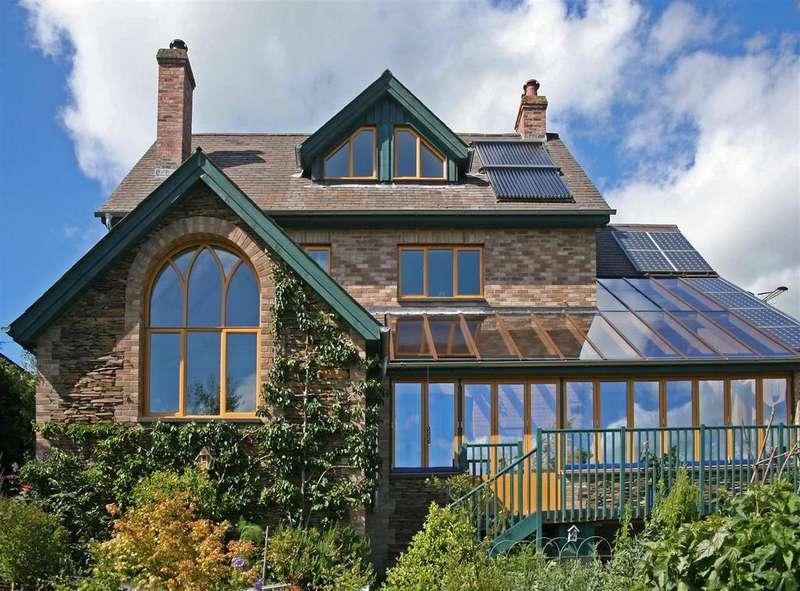 4 Bedrooms Detached House for sale in Derwlwyn Lane, Llanfyllin