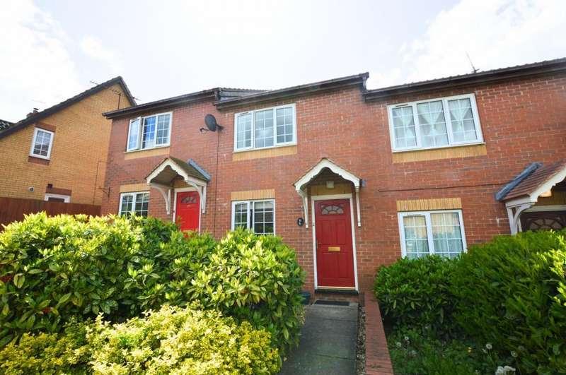 2 Bedrooms Terraced House for rent in Kippell Hill, Olney, MK46 5ER