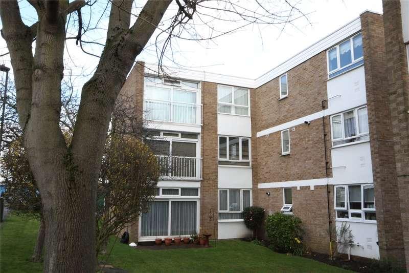 2 Bedrooms Flat for sale in Merridene Winchmore Hill