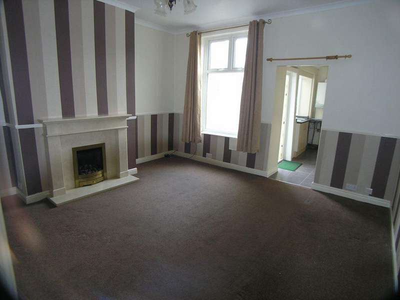 2 Bedrooms Terraced House for rent in Charles Street, Great Harwood Blackburn