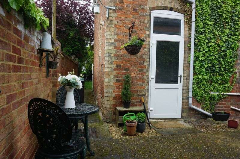 Property for sale in High Street, Kempston
