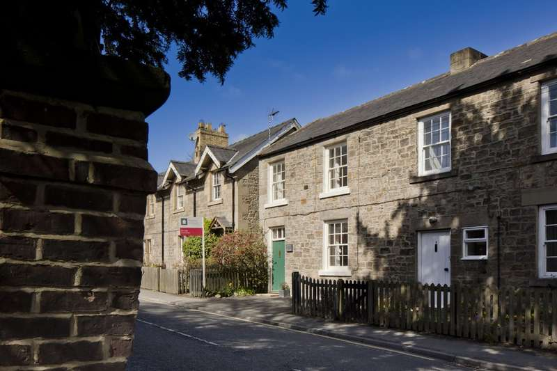 2 Bedrooms Semi Detached House for sale in Riding Cottages, Riding Mill