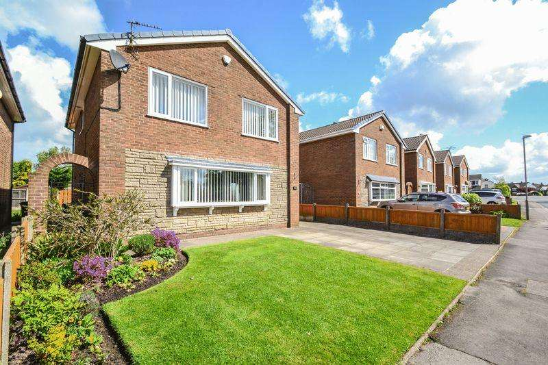 4 Bedrooms Detached House for sale in Crows Hill Road, Penwortham, Preston
