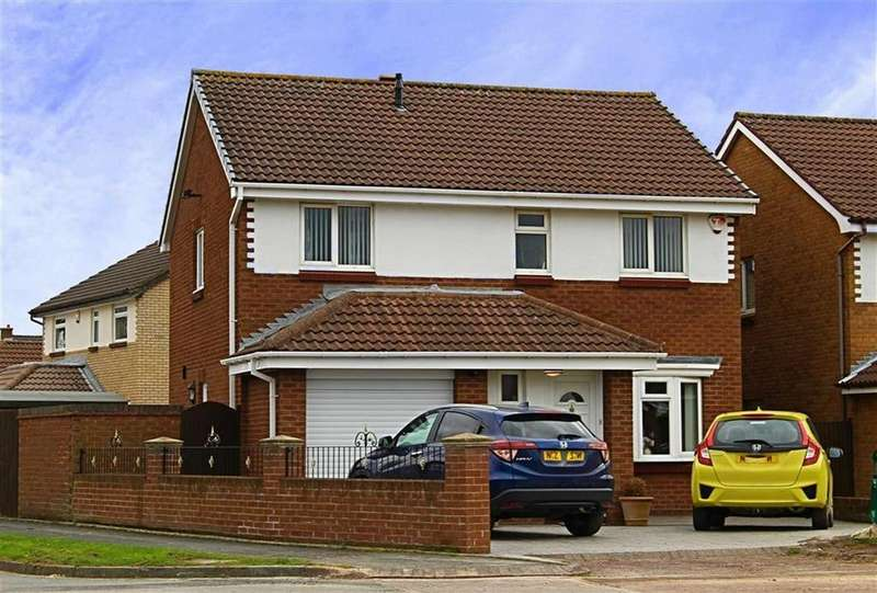 4 Bedrooms Detached House for sale in Dorchester Close, Tollesby Hall