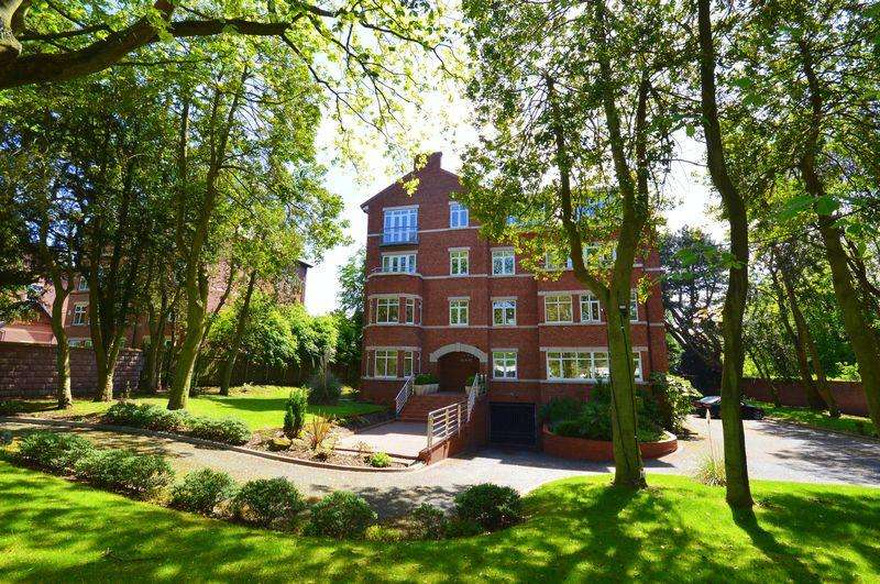 3 Bedrooms Apartment Flat for sale in Park Avenue, Mossley Hill