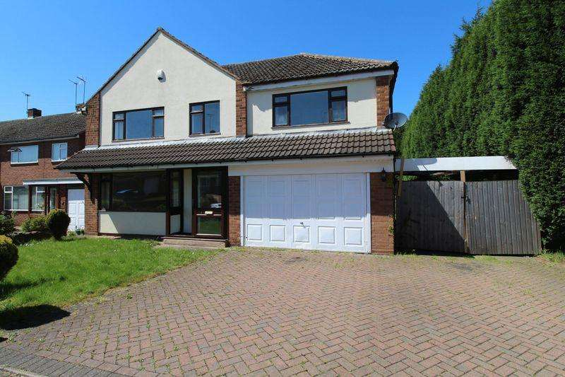4 Bedrooms Detached House for sale in Simmonds Way, Brownhills