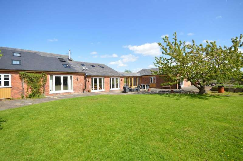 4 Bedrooms Link Detached House for sale in Crabtree Lane, High Legh