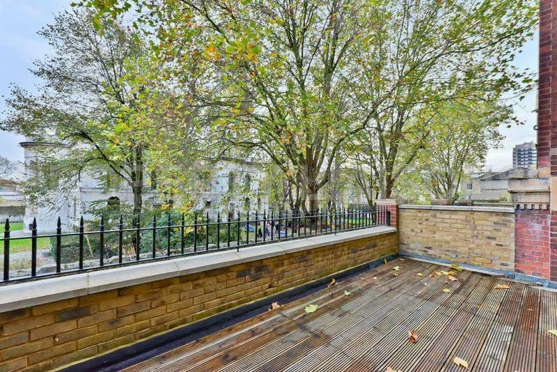 3 Bedrooms Duplex Flat for sale in Mulberry Court, School Mews, London, E1
