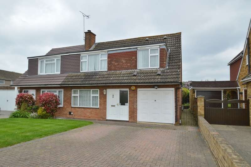 4 Bedrooms Semi Detached House for sale in Market Lane, Langley, SL3