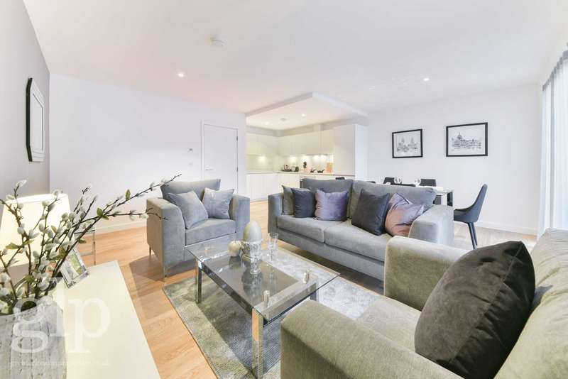 3 Bedrooms Apartment Flat for sale in Hand Axe Yard, London