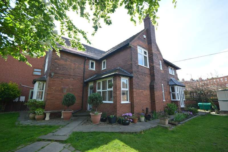 4 Bedrooms Detached House for sale in Belgravia Road, St Johns, Wakefield