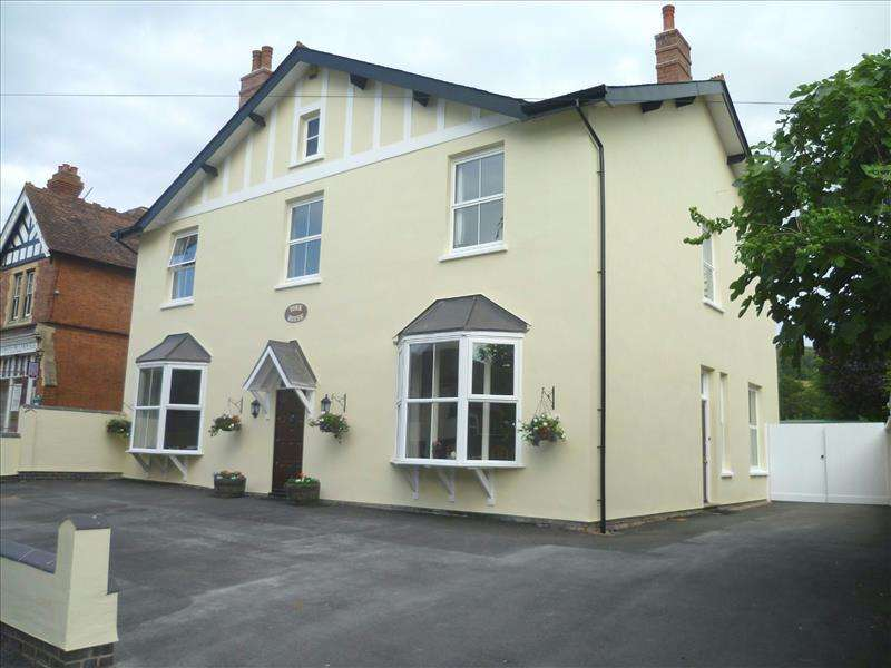 6 Bedrooms Detached House for sale in York House, Walwyn Road, Colwall, Malvern, Worcestershire, WR13 6QG