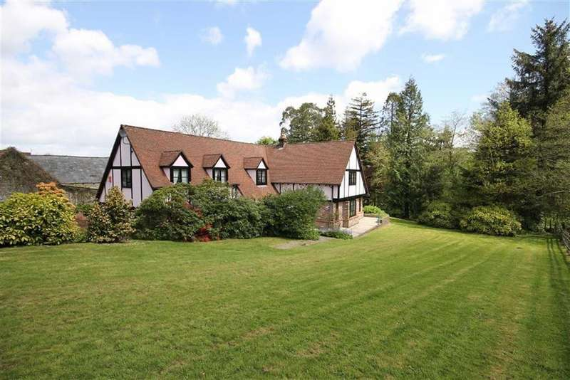 5 Bedrooms Detached House for sale in Watford Road, Caerphilly