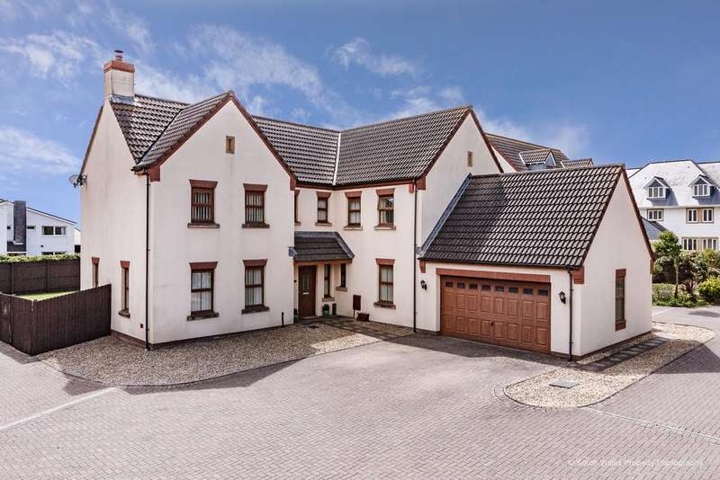 5 Bedrooms Detached House for sale in SANDERLING WAY, REST BAY, PORTHCAWL, CF36 3TD