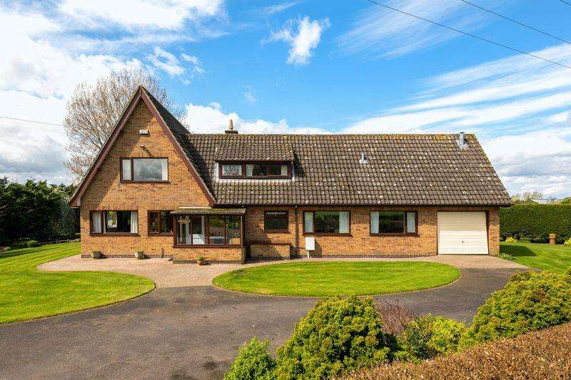 4 Bedrooms Detached House for sale in Hemingby Lane, Horncastle