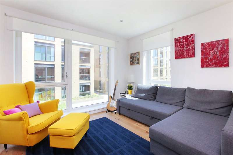 2 Bedrooms Flat for sale in Peachey House, Eltringham Street, Wandsworth, London, SW18