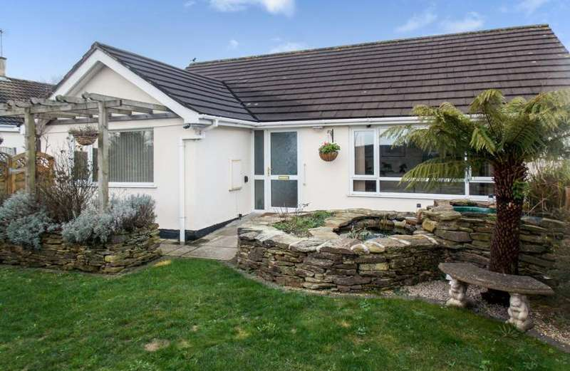 3 Bedrooms Property for sale in Carharrack, Redruth