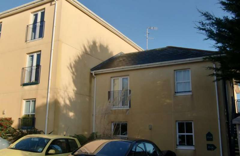 1 Bedroom Property for rent in Longstone Hill,Carbis Bay,Cornwall